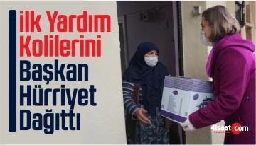 İzmit'te İlk Yardım Kolilerini Başkan Hürriyet Dağıttı