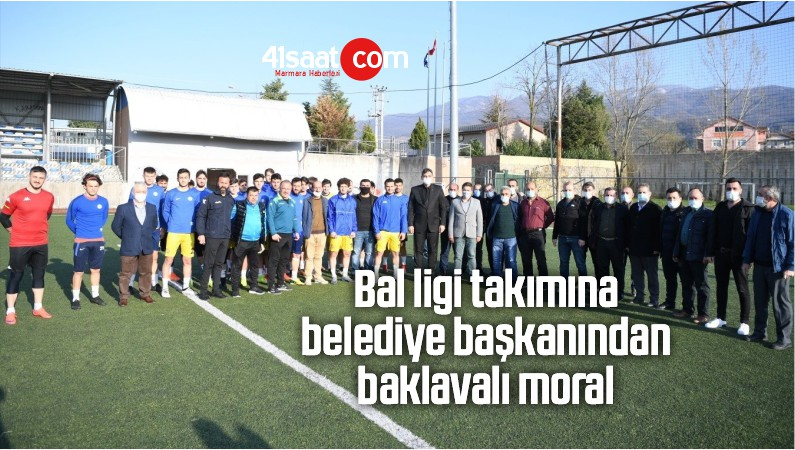 Bal Ligi Takımına Belediye Başkanından Baklavalı Moral