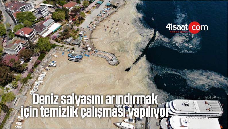 Deniz Salyasını Arındırmak İçin Temizlik Çalışması Yapılıyor