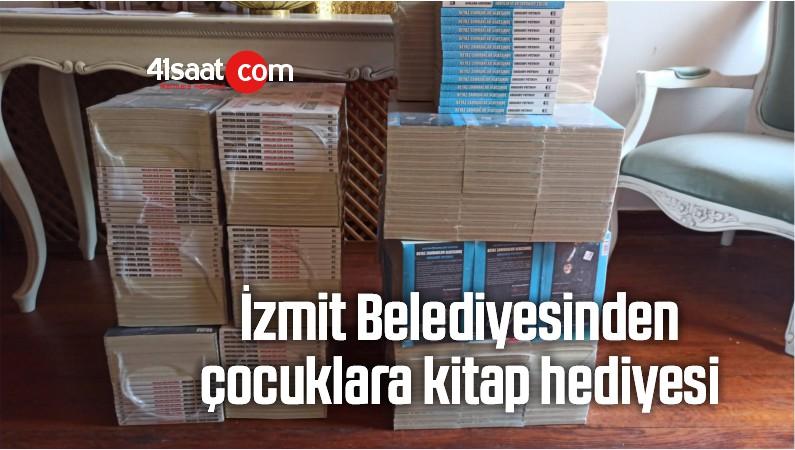 İzmit Belediyesinden Çocuklara Kitap Hediyesi