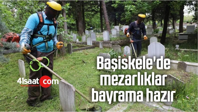Başiskele'de Mezarlıklar Bayrama Hazır